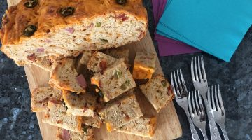 Cheesy Jalapeno Beer Bread | VIDEO